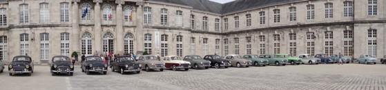 Les Frégate du Frégate Club de France dans la cour du chateau Stanislas de Commercy
