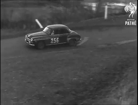 Une Frégate participe au Monte-Carlo 1955 - Archive Gaumont compilée par le Frégate Club de France